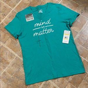 NWT Under Armour short sleeve t-shirt size medium